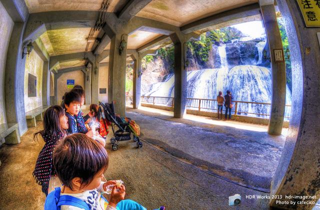 HDR袋田の滝2
