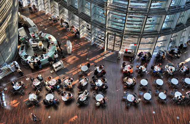 HDR - 国立新美術館 カフェ コキーユ